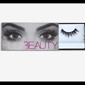 Classic Lash Huda Beauty Samantha #7